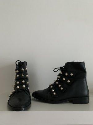 Zara Stiefel mit Nieten