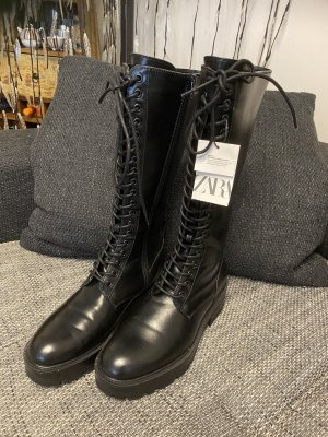 Zara Trafaluc Botas con cordones negro
