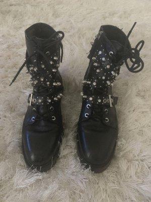 Zara Buty z krótką cholewką na platformie czarny-srebrny