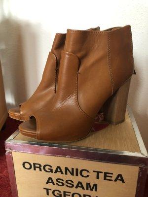 Zara Trafaluc Peep Toe Booties cognac-coloured