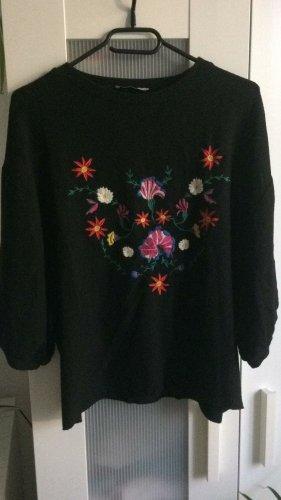 Zara Strick Shirt Blumen Stickerei