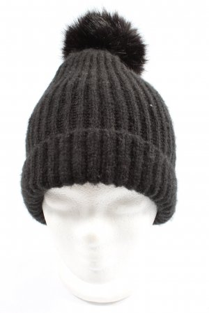 Zara Knitted Hat black cable stitch casual look