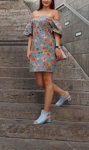 Zara süßes Kleid mit Blumen
