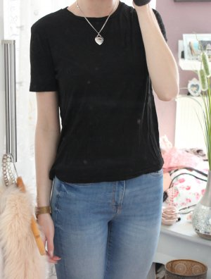 • Zara T-Shirt