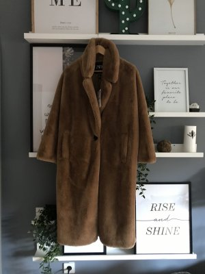 Zara teddy mantel