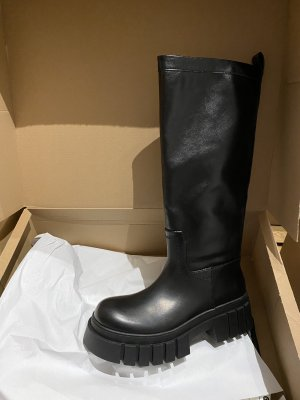 Zara the most wanted boots 38 Stiefel profilsohle