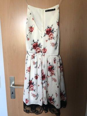 ZARA Trägerkleid Blumenmuster Casual-Look