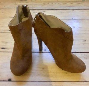 Zara Trafaluc Botas con cremallera marrón-color oro Gamuza