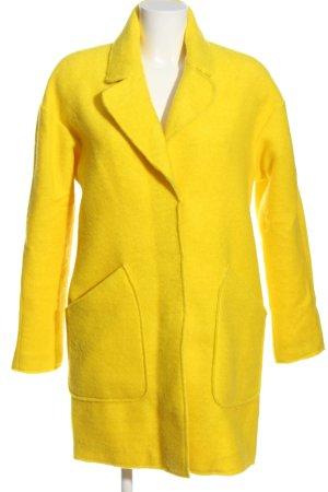 Zara Trafaluc bodenlanger Mantel blassgelb Casual-Look