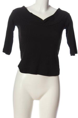 Zara Trafaluc Camisa tipo Carmen negro look casual
