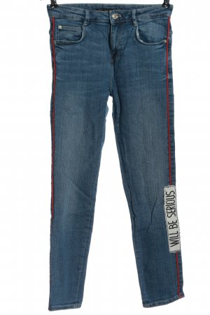Zara Trafaluc High Waist Jeans blau-hellorange Schriftzug gedruckt Casual-Look