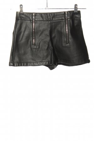 Zara Trafaluc High-Waist-Shorts black casual look