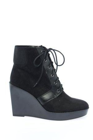 Zara Trafaluc Wedge Pumps black casual look