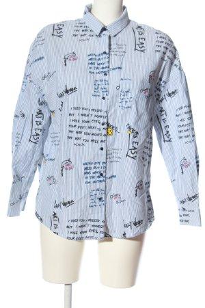 Zara Trafaluc Langarmhemd blau-weiß Schriftzug gedruckt Casual-Look