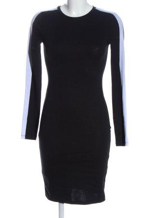 Zara Trafaluc Vestido a media pierna negro-blanco look casual