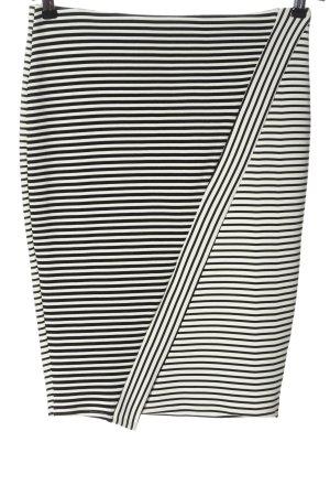 Zara Trafaluc Midirock weiß-schwarz Streifenmuster Casual-Look