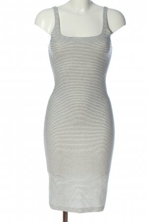 Zara Trafaluc Robe tube blanc-noir motif rayé style décontracté