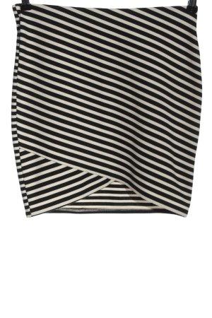 Zara Trafaluc Minirock weiß-schwarz Streifenmuster Casual-Look