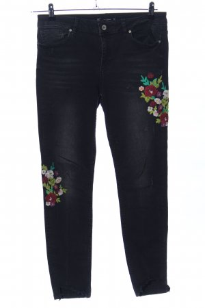 Zara Trafaluc Röhrenjeans schwarz Blumenmuster Casual-Look