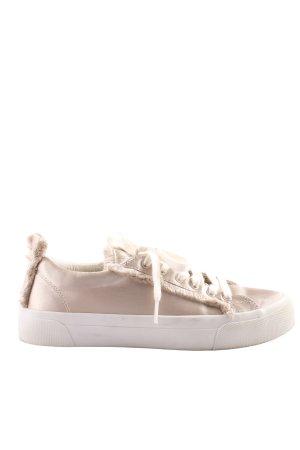 Zara Trafaluc Zapatilla brogue blanco puro look casual