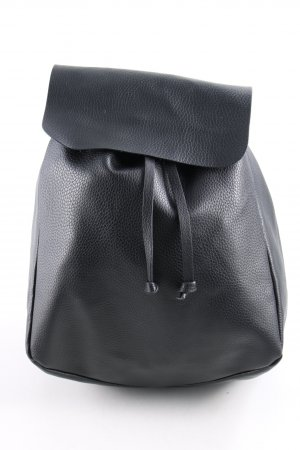 Zara Trafaluc Mochila escolar negro look casual