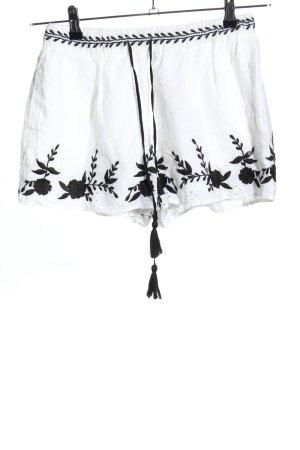 Zara Trafaluc Shorts weiß Casual-Look