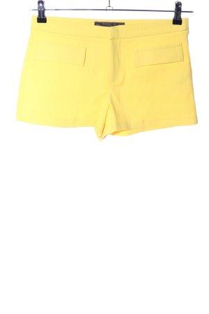 Zara Trafaluc Shorts blassgelb Casual-Look