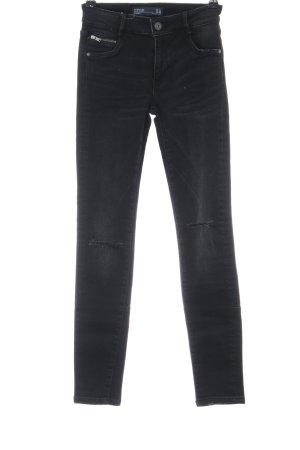 Zara Trafaluc Skinny Jeans schwarz Street-Fashion-Look