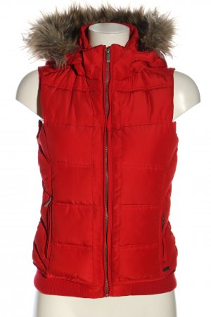 Zara Trafaluc Quilted Gilet red quilting pattern casual look