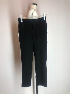 Zara Trafaluc Sweathose, schwarz mit weißem Seitenstreifen