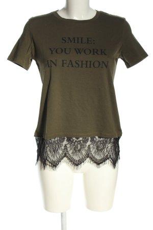 Zara Trafaluc T-Shirt khaki-schwarz Schriftzug gedruckt Casual-Look