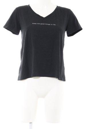 Zara Trafaluc V-Ausschnitt-Shirt schwarz Schriftzug gedruckt Casual-Look