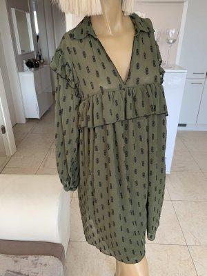 Zara Traum Kleid .. Plumetis-Kleid .. V-Neck .. khaki .. Gr. M/L Neu .. blogger