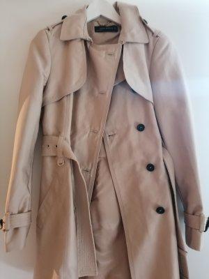 Zara trench coat in gr small