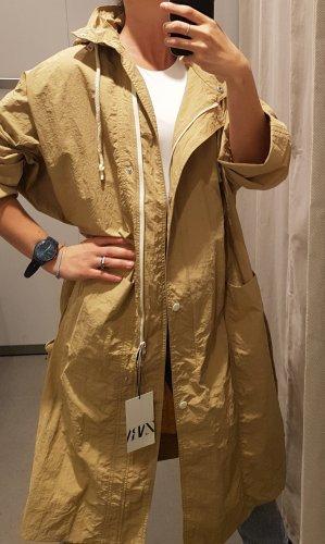 Zara Trenchcoat(Neu)