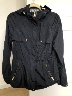 Zara Übergangsjacke, Basic Jacke, Regenjacke, Windbreaker, dunkelblau mit goldenen Details, Größe M