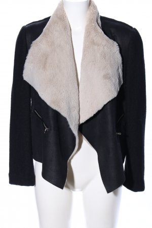Zara Übergangsjacke schwarz-wollweiß Casual-Look