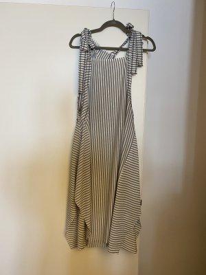 Zara ungetragenes Kleid