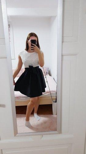 Zara Vintage Volant Kleid mit Spitze