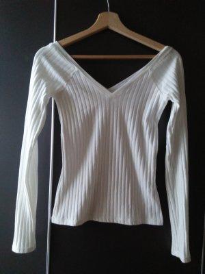 ZARA W&B Collection Pullover ripped mit Deep V Ausschnitt