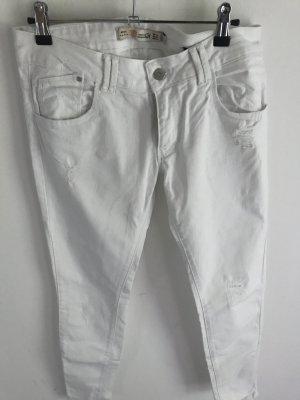 Zara weiße Jeans im used look