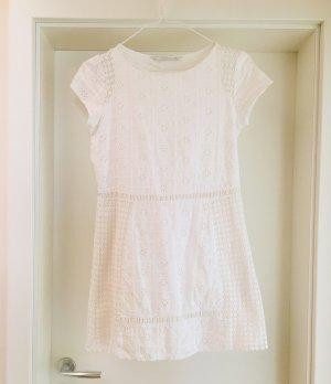 Zara weißes Kleid mit Stickereien