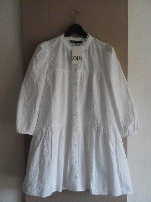 Zara weites Minikleid mit Lochstickerei in wollweiß, Größe S oversize, neu