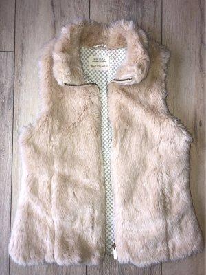 Zara Fake Fur Vest cream