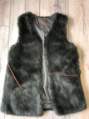 Zara Fake Fur Vest dark green