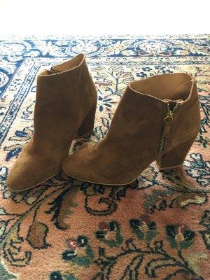Zara Wildleder Ankle Boots
