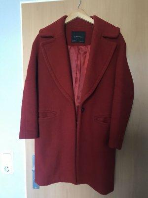 Zara Veste d'hiver rouge foncé