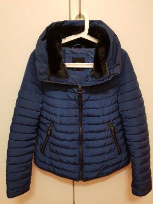 Zara Winterjacke Size M
