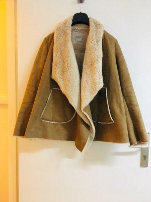 Zara Winterjacke warme Jacke Braun camel