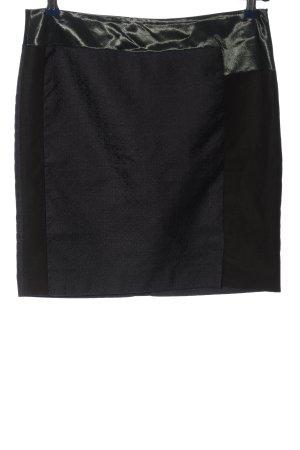 Zara Woman Minirock schwarz grafisches Muster Business-Look